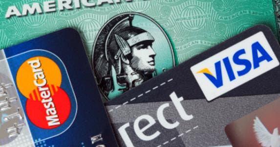 Amex, VISA, MasterCard © Oliver Hoffmann/Shutterstock.com