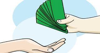Handing money © Fejas/Shutterstock.com