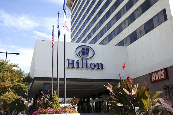Hilton hotels © iStock.com/pick-uppath