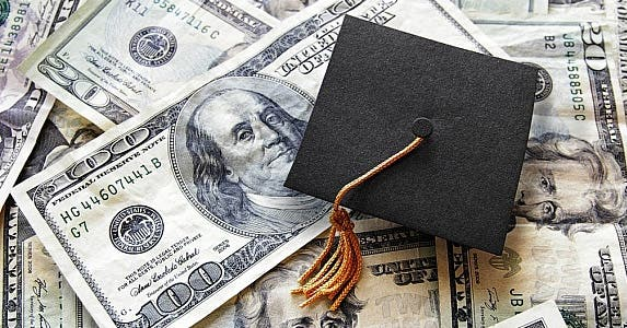 Should you get a private student loan? © zimmytws / Fotolia