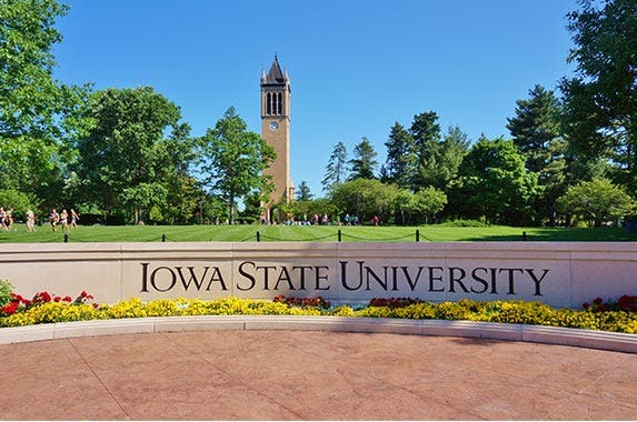 Iowa © EQRoy/Shutterstock.com