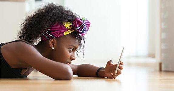 Loan Calculator Pro © Samuel BorgesPhotography/Shutterstock.com