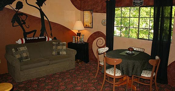 Reader's retreat | Photo courtesy of Innsbrucker Inn