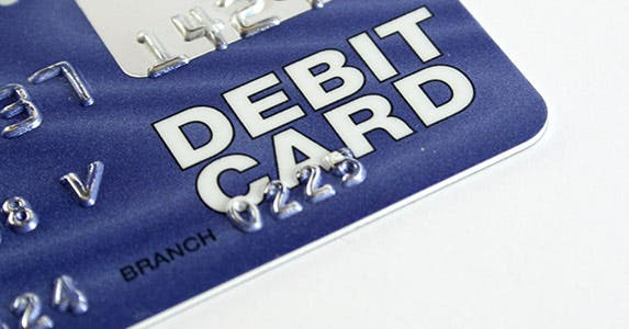 Infrequent debit card users © Alistair Michael Thomas/Shutterstock.com