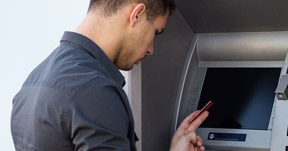 Plan ahead to avoid ATM surcharges © sanjagrujic/Shutterstock.com