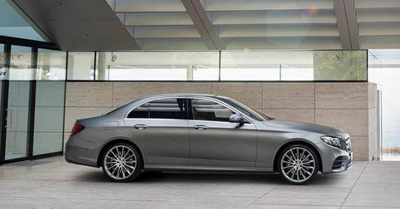 Mercedes-Benz E-Class luxury car   Mercedes-Benz