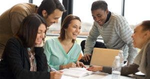 Group of students laughing © Jacob Lund/Shutterstock.com