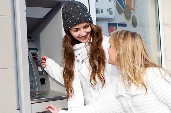 2. Nix ATM fees © Petrenko Andriy/Shutterstock.com