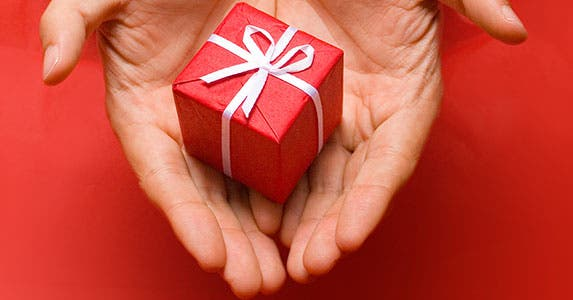 What to give to whom? © Velocista - Fotolia.com