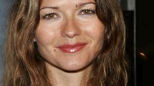 Star Jill Hennessy doesn't like to spend like one