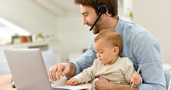 Starting your own Internet business   goodluz/Shutterstock.com