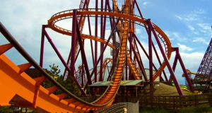 Orange roller coaster © Jessica Bethke/Shutterstock.com