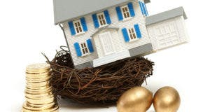 House in retirement nest © Matthew Benoit/Shutterstock.com