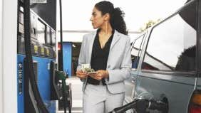 4 reasons gas prices will keep dropping