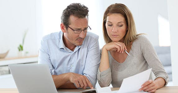Gen X: Learn to handle complex finances © Goodluz/Shutterstock.com