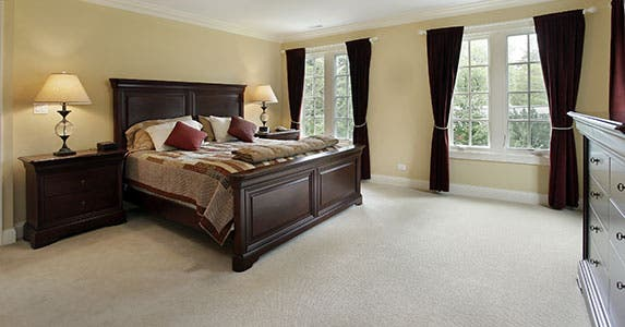 Put the master bedroom at ground level © pics721/Shutterstock.com