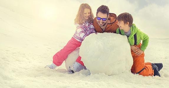 Do determine repayment strategy © FCSCAFEINE/Shutterstock.com