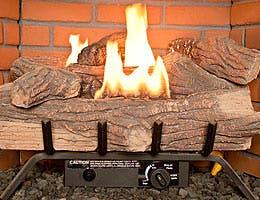 Indoor fireplace © MCarper/Shutterstock.com