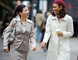 Resist peer pressure © ARENA Creative/Shutterstock.com