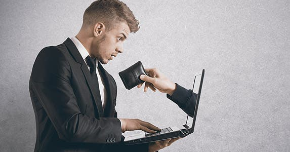 Chilling scammers and hackers © Alphaspirit/Shutterstock.com
