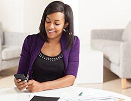 7 money-related things to feel thankful for © Cheryl Savan/Shutterstock.com