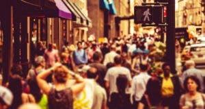Crowd walking in the street © iStock