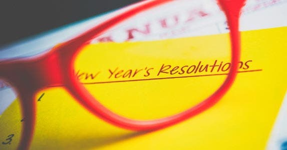 6 financial New Year's resolutions © iStock