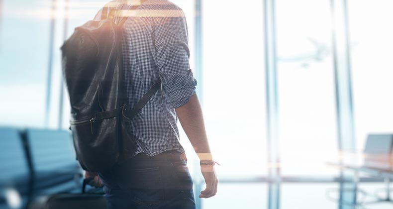 5 Tips To Save Money When Late Booking Holiday Travel