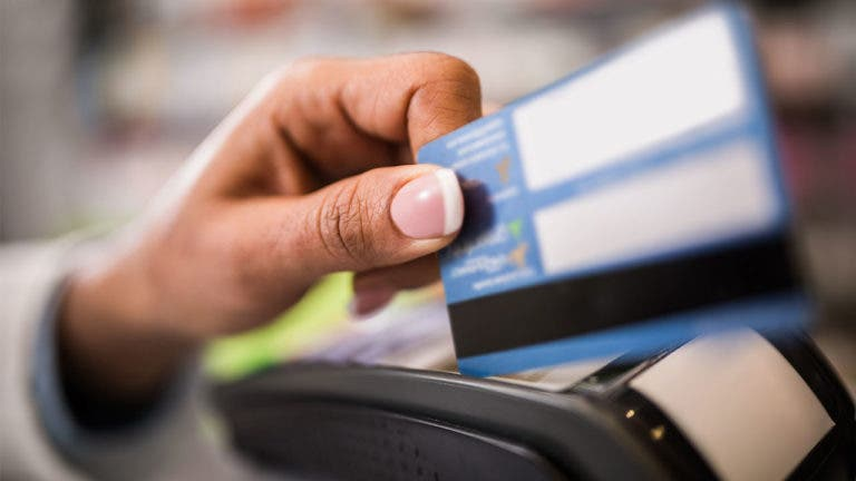 5 ways thieves steal credit card information
