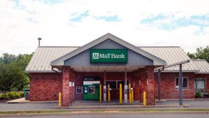 M&T Bank branch building