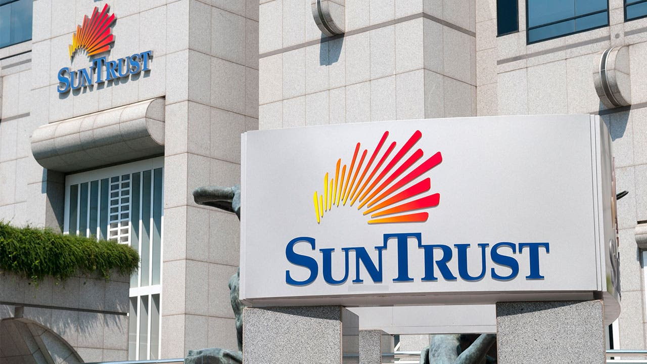 Suntrust bank branch