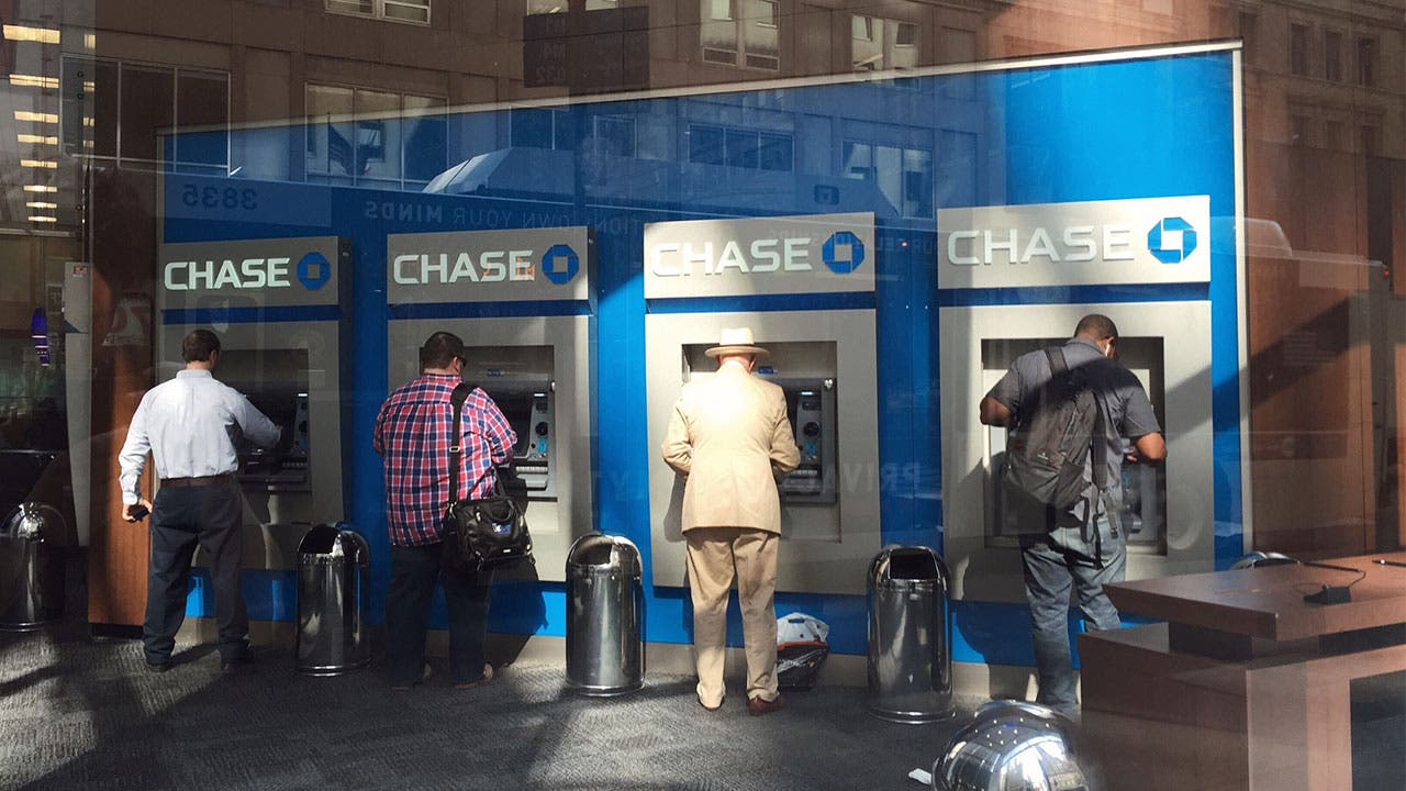 JPMorgan Chase And The State Of The Bank Branch | Bankrate com