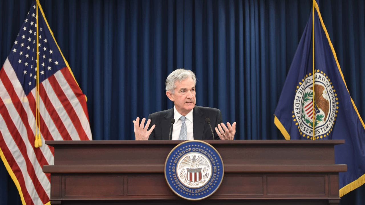 Federal Reserve chair in session