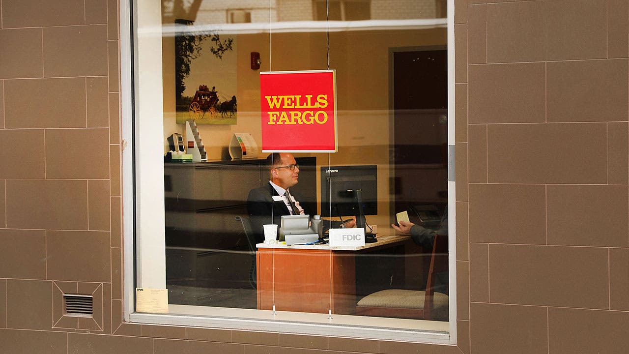 Wells Fargo window