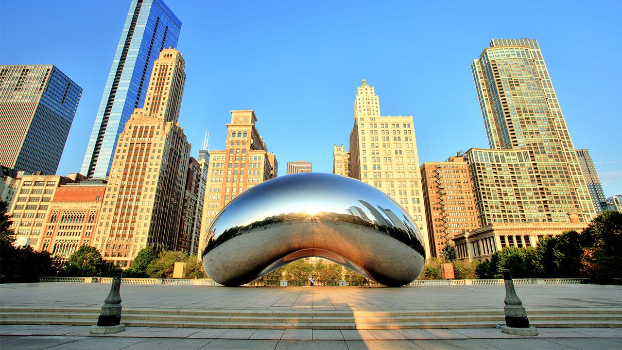 Chicago bean statue