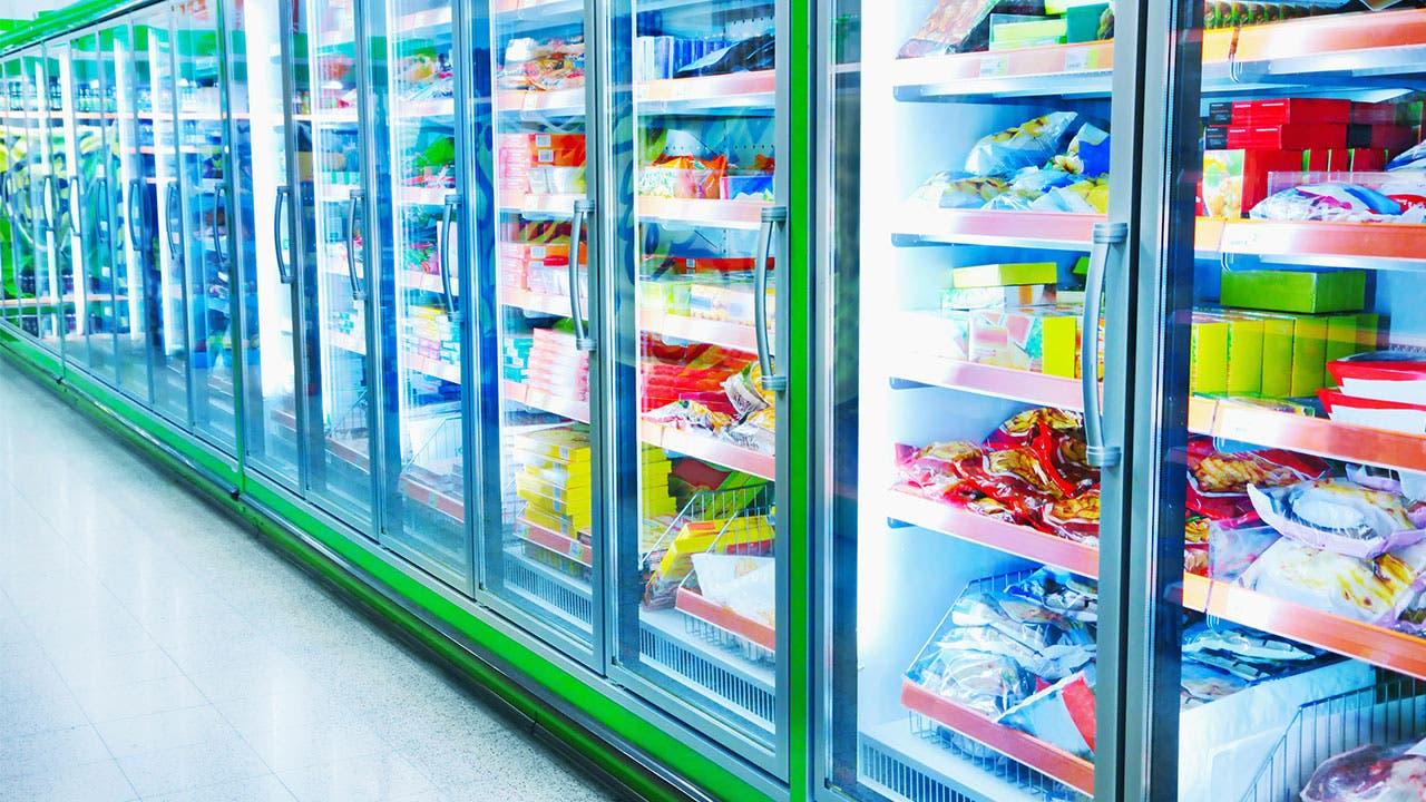 Bright supermarket freezer lighting