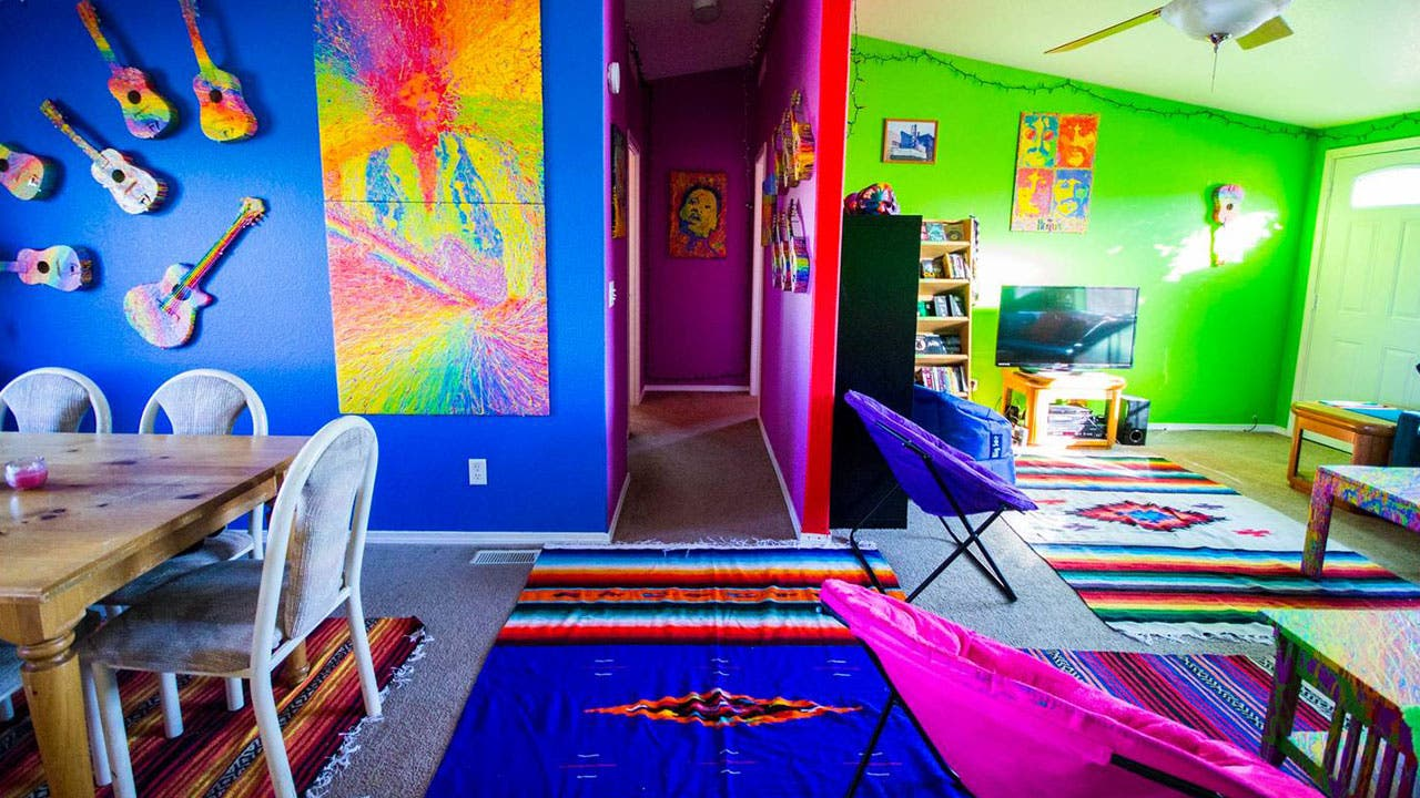 Neon painted livingroom