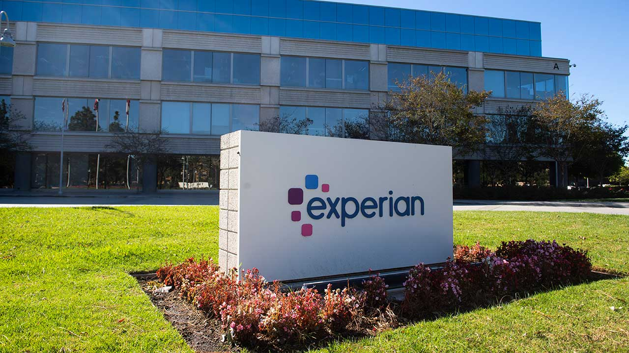Exterior shot of Experian office in Costa Mesa, Calif.