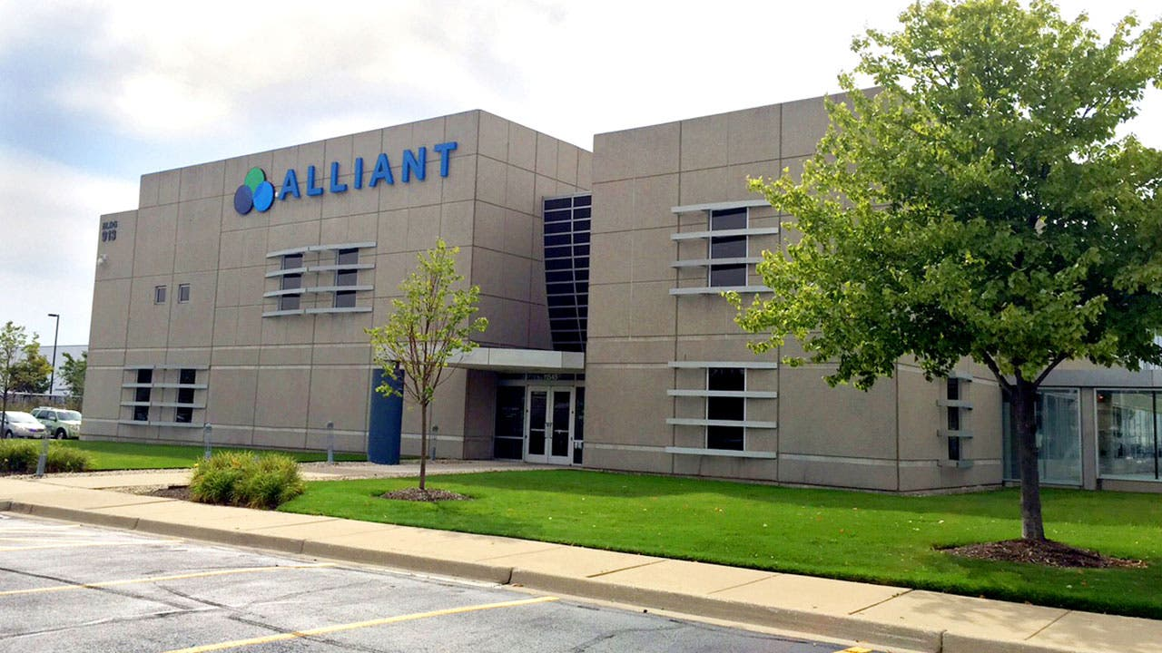 Alliant Credit Union branch