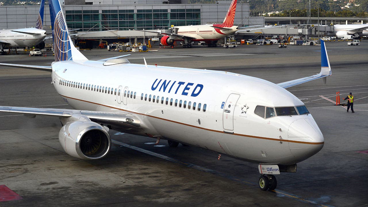 United airplane on tramack