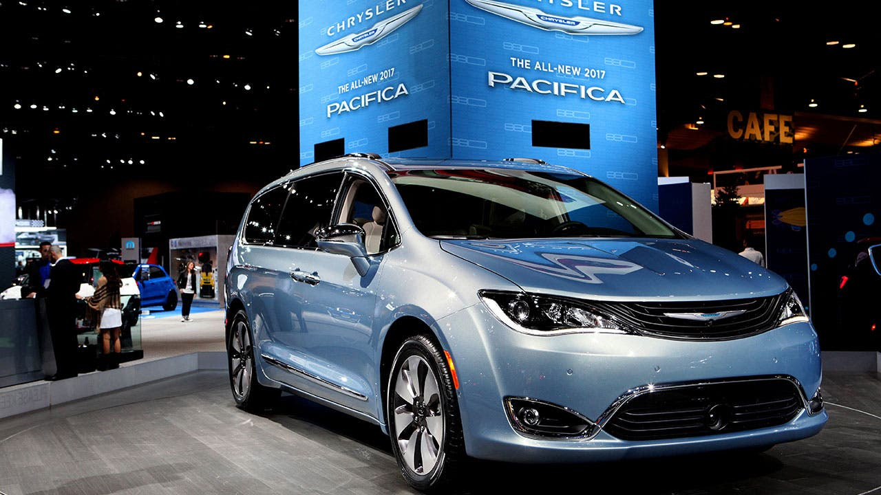 Chrysler Pacifica at auto show