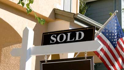 Class-action lawsuit takes aim at real estate commissions