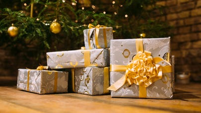 6 ways to give money as a gift
