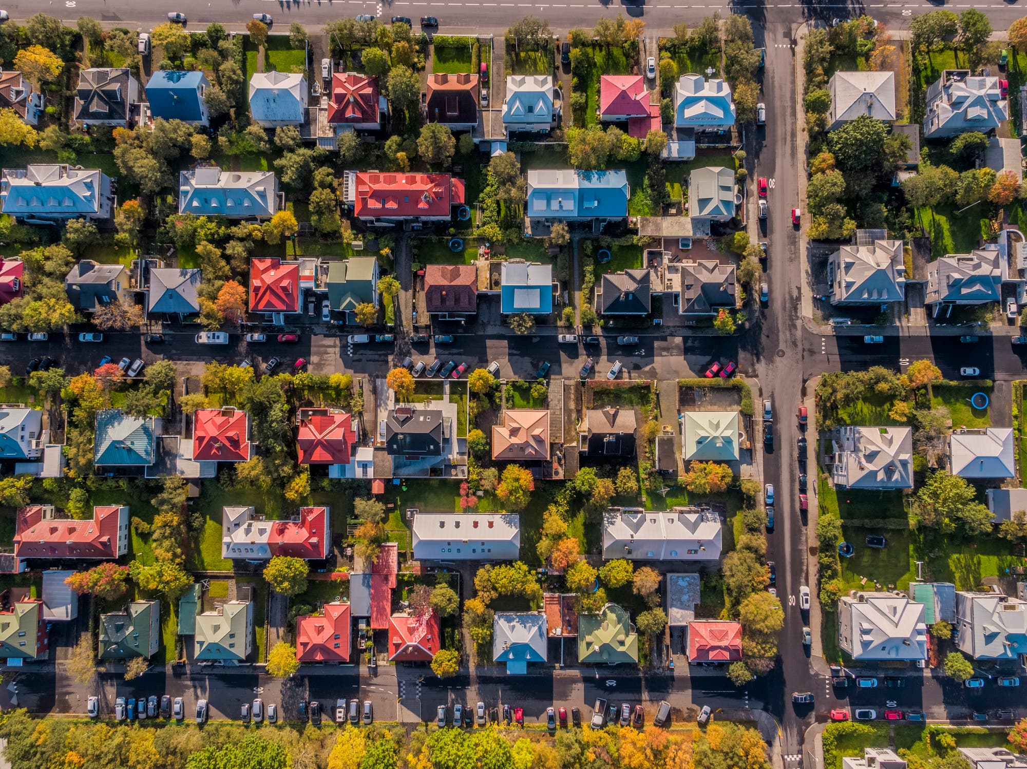 neighborhood homes and auto