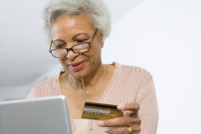 How to maintain your credit score and use credit cards in retirement