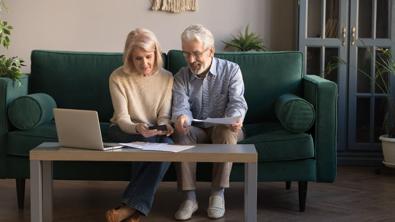 Saver's tax credit: everything you need to know about the retirement savings benefit