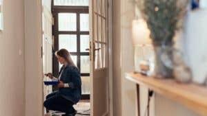5 money-saving home maintenance tips